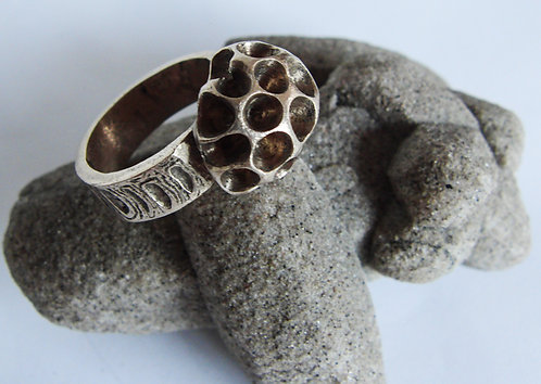 Honeycomb Ring I.