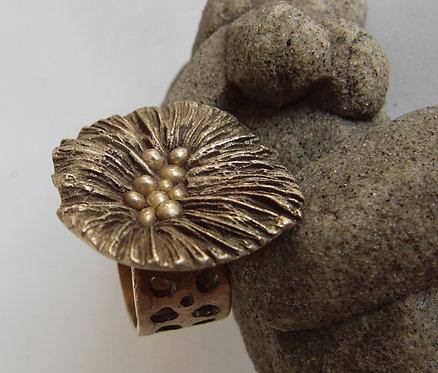Coral Mushroom Ring (Round)