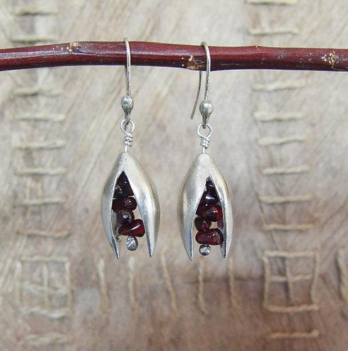 Pistachio Earrings with Garnet
