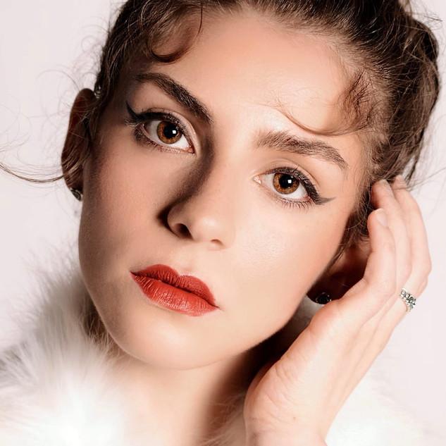 Red Lip & Flick - Photoshoot Makeup
