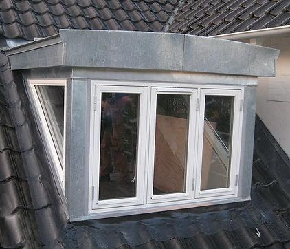 Ikke alle vinduer er i standardmål. Vinduer og døre fremstilles i specialmål og udformning