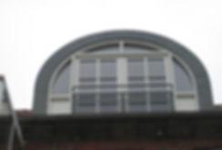 Special vinduer. Tagvinduer i specialmål. Kviste med bly. Blyindfattet kviste og vinduer