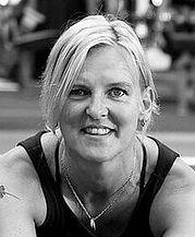 Birgitt Krab-Bjerre tilbyder yoga workshops i sit yogastudie i Struer