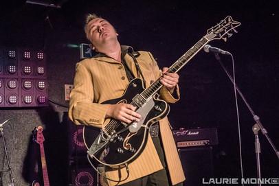Ruzz Guitar