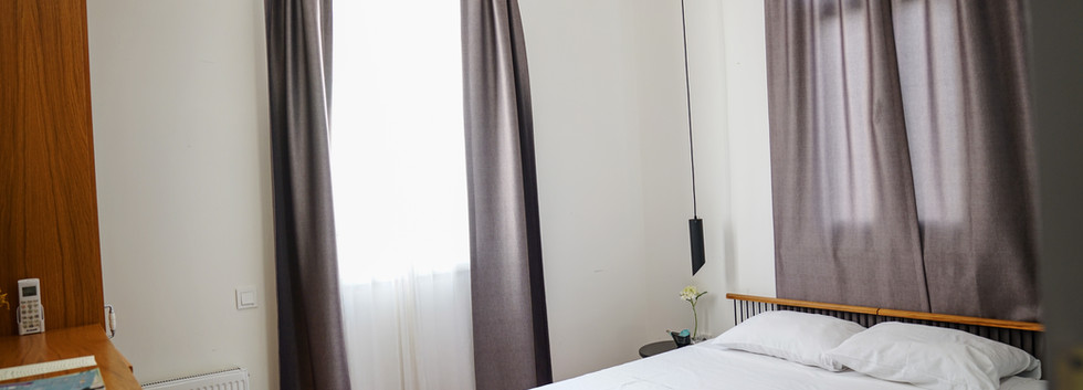 8 Numaralı Teraslı Junior Suit - Sergüzeşt Otel Büyükada