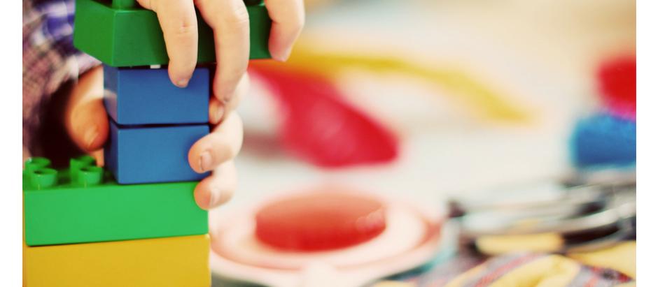 Çocuklu hayatta sade bir düzen için 9 öneri | Minimalist Anne