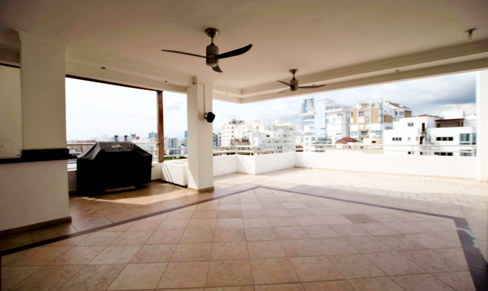 monserrat-3-bedroom-apartment-for-sale