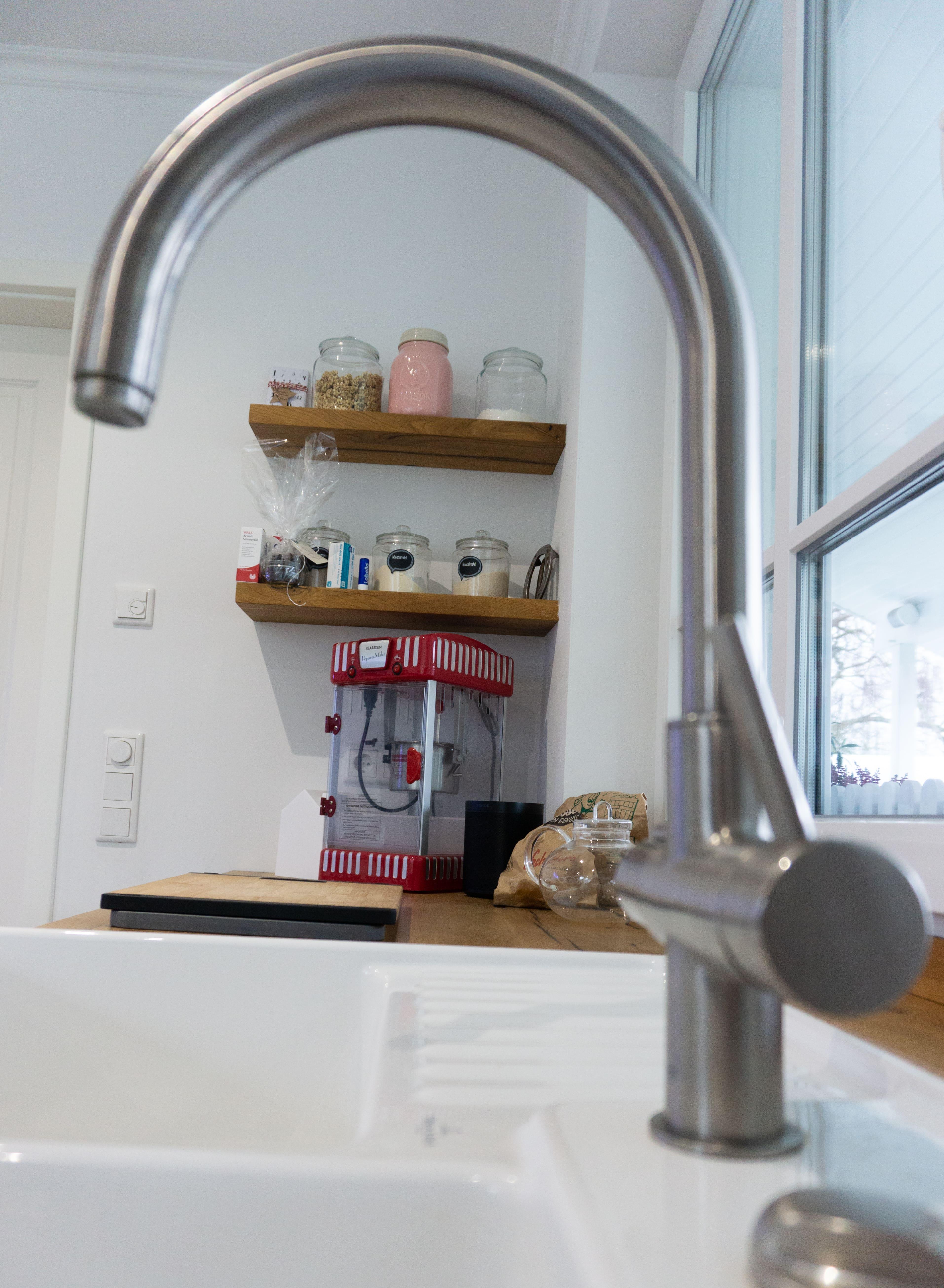 Küche Fachwerkeiche Eiche geölt Einbauküche weiße Fronten Spüle