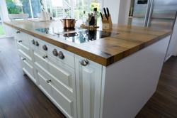 Küche Fachwerkeiche Eiche geölt Einbauküche weiße Fronten