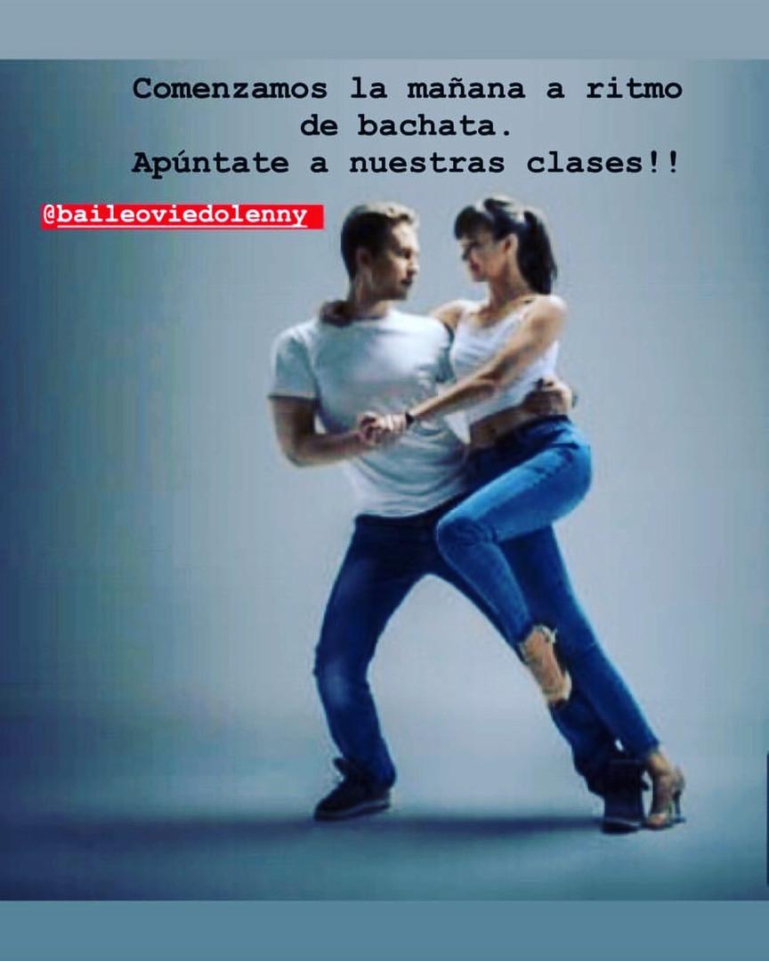 CLASES DE BACHATA