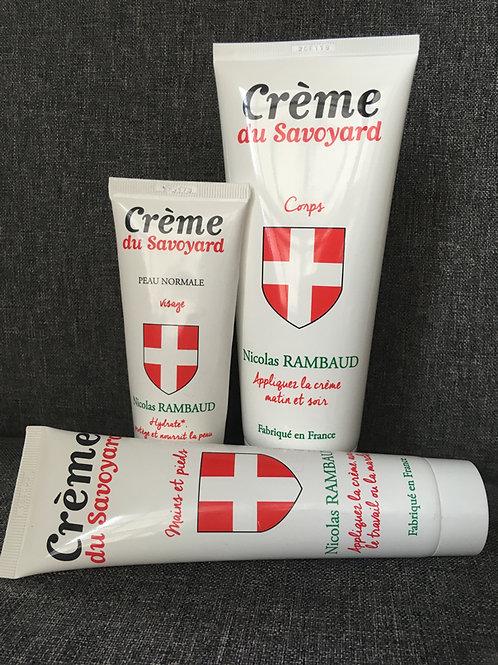 """Lot de 3 crèmes : une """"Mains et pieds"""", une """"Corps"""" et une """"Visage"""""""
