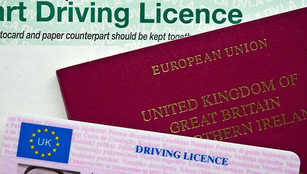 STEP 3 - drivers_licence_passport_uk_the