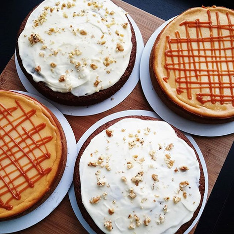 Carrot cakes & Salted caramel cheesecakes