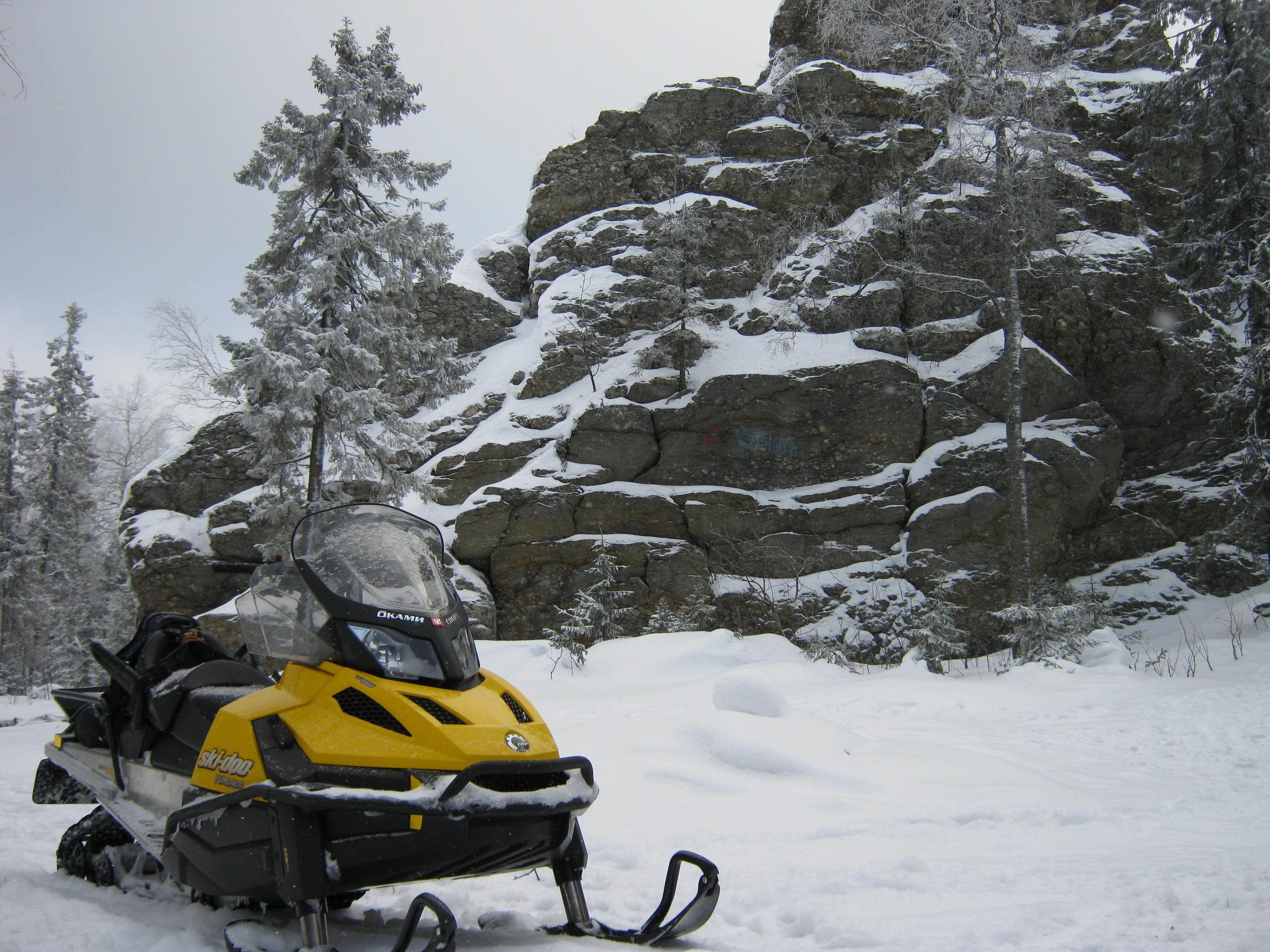 Путешествия на снегоходах