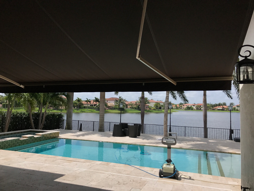 Motorized Retractable Awning - Awning Stars