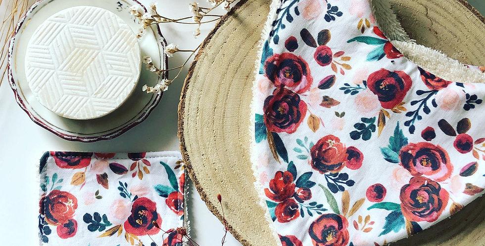 Mon bavoir bandana Vintage Flower et sa lingette