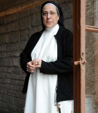 """""""La Iglesia no debe meterse en la decisión de una mujer de abortar"""""""