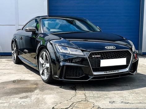 Audi TT RS (1).jpg