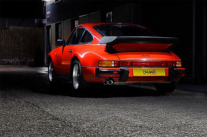 Porsche 911 Classic Red (1).jpg