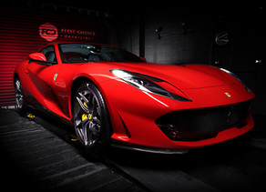 Photographing the Ferrari 812 Superfast