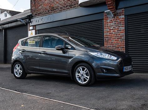 Ford Fiesta Black (3).jpg