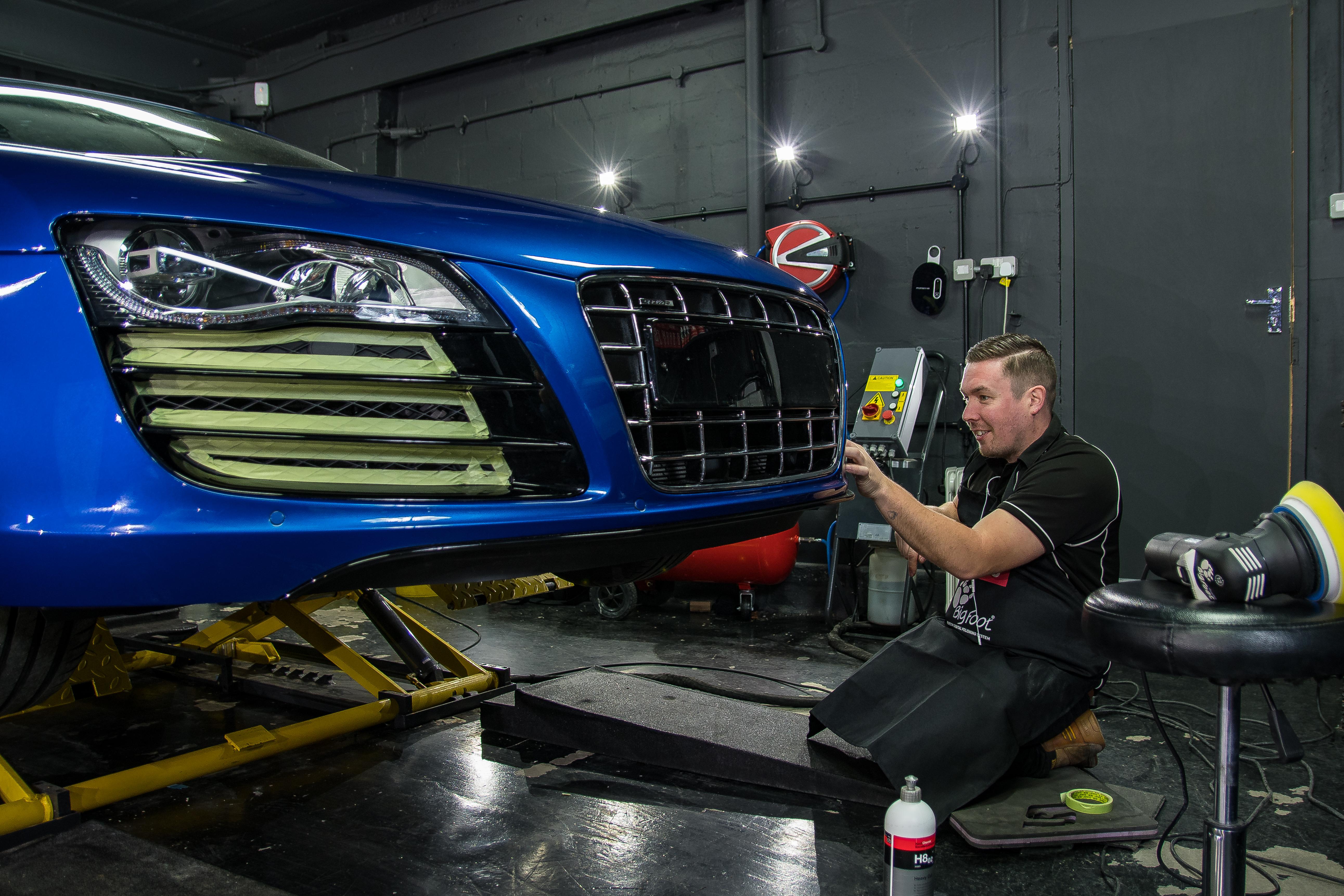 Carl prepping R8