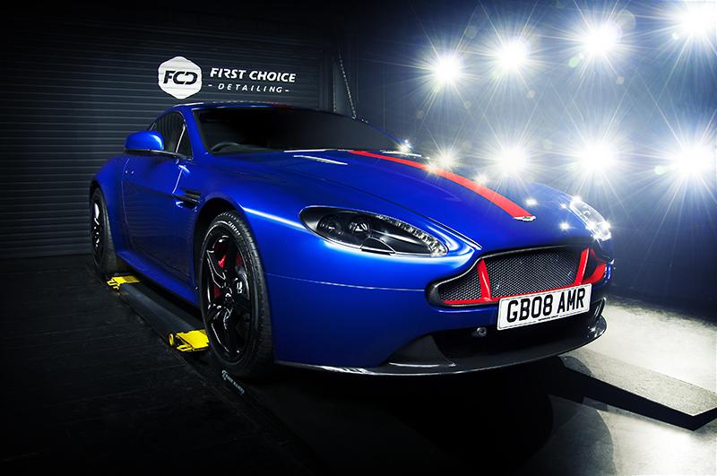 Aston Martin AMR - blue