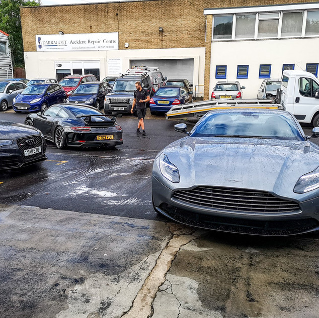 Aston DB11 - Maintenance Wash