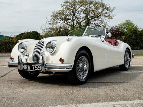 Jaguar XK 140 White.jpg