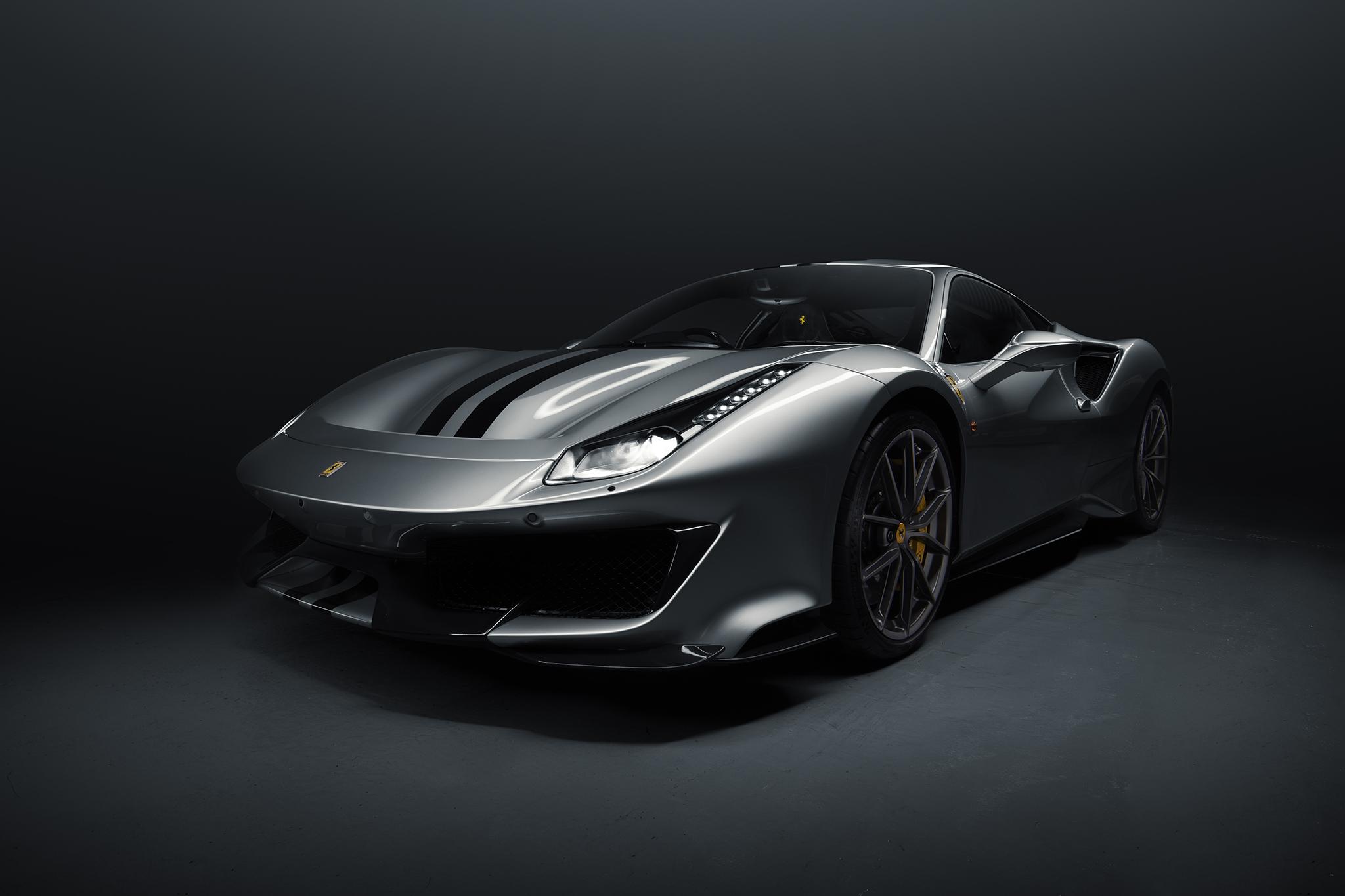 Ferrari Pista Silver 3quarter