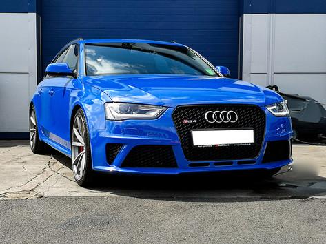 Audi RS4 Avant.jpg