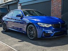 BMW M4 Blue (2).jpg