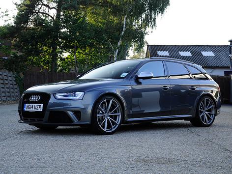 Audi RS4 Avant Grey (1).JPG