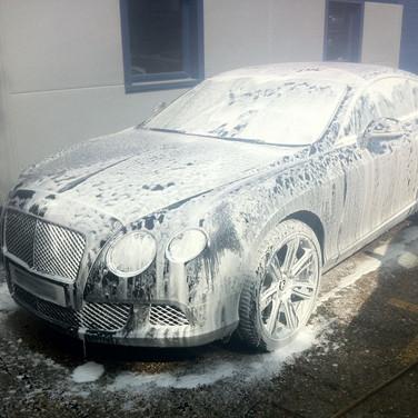 Bentley continental GT black Supersport.