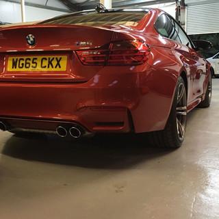 BMW M4 - Maintenance Wash