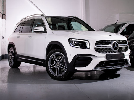 Mercedes-Benz GLB - The family car to have!