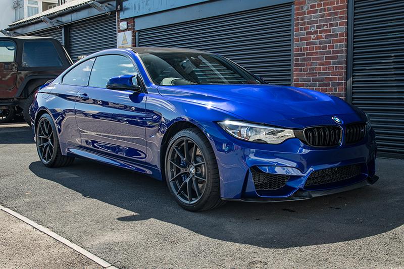 BMW M4 - blue (3)