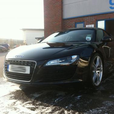 Audi R8 Black.jpg