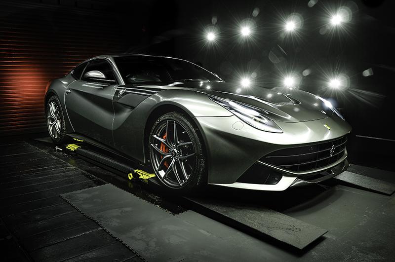 Ferrari F12 - Grey (1)