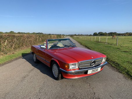 MERCEDES 300SL AUTOMATIC 1988 FAMILY OWNED FROM NEW.
