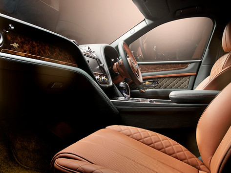 Bentley Bentayga Green (2).jpg