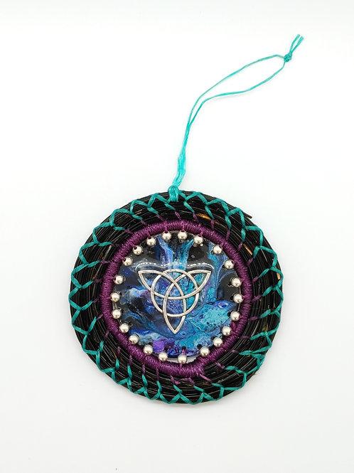 Triquetra Weave
