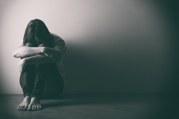 photo of a lady dealing with depression