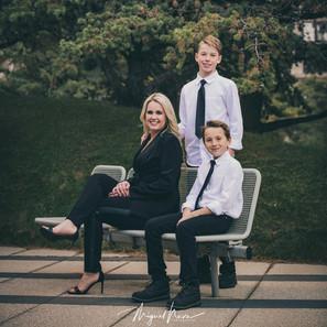 Eva Droz and family
