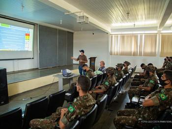 Aedes aegypti - Militares do Exército recebem capacitação para ajudar no combate ao mosquito