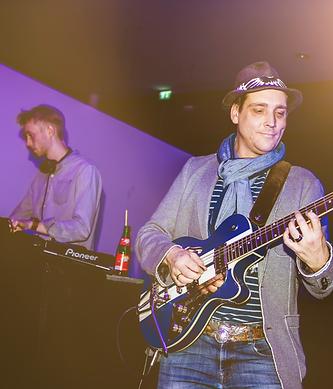 DJ meets Guitar