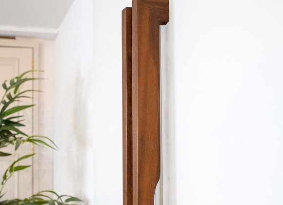 ELONGATED WOODEN DOOR HANDLE