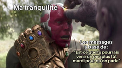Copie de Thanos Taking The Mind Stone Fr