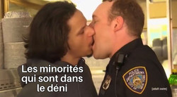 Copie de Eric Andre Kissing Police Offic