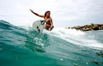 5 самых сексуальных сёрфингисток мира
